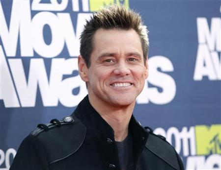Actor Jim Carrey arrives at the 2011 MTV Movie Awards in Los Angeles, June 5, 2011. REUTERS/Danny Moloshok