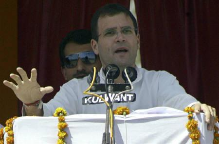 Rahul Gandhi, parliamentarian and son of the Congress party chief Sonia Gandhi, is seen at an election campaign rally in Amritsar in this May 11, 2009 file photo. Gandhi broke his silence on Friday to praise fasting activist Anna Hazare behind huge anti-corruption protests and called for more measures to battle graft. REUTERS/Munish Sharma/Files