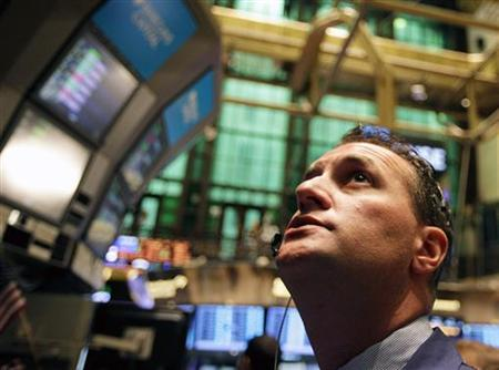 A trader works on the floor of the New York Stock Exchange August 22, 2011. REUTERS/Brendan McDermid