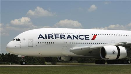 An Air France Airbus A380 lands at Dulles International Airport in Virginia June 6, 2011. REUTERS/Gary Cameron