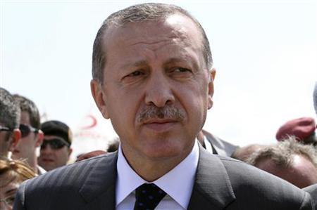 Turkey's Prime Minister Tayyip Erdogan Erdogan visits the Seyidka camp in Somalia's capital Mogadishu August 19, 2011. REUTERS/Omar Faruk