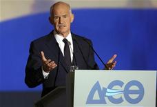 <p>Greece's Prime Minister George Papandreou addresses the audience at the International Trade fair of Thessaloniki in northern Greece September 10, 2011. REUTERS/Motion team/Fani Tripsani (GREECE - Tags: BUSINESS POLITICS TPX IMAGES OF THE DAY)</p>