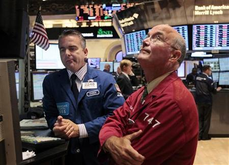 Traders work on the floor of the New York Stock Exchange, September 12, 2011. REUTERS/Brendan McDermid