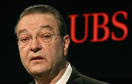 Oswald Gruebel, CEO of Swiss Bank UBS addresses a news conference to present the results for 2010 in Zurich February 8, 2011. REUTERS/Arnd Wiegmann