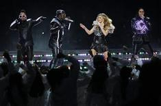 <p>The Black Eyed Peas, apl.de.ap, will.i.am, Fergie and Taboo (L to R), perform during half-time of the NFL's Super Bowl XLV football game between the Pittsburgh Steelers and the Green Bay Packers in Arlington, Texas, February 6, 2011. REUTERS/Brian Snyder</p>