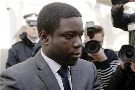 UBS trader Kweku Adoboli leaves City of London magistrates' court in the City of London October 20, 2011. REUTERS/Andrew Winning