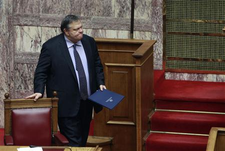 Greek Finance Minister Evangelos Venizelos is seen in the Greek parliament prior to a confidence vote in Athens November 4, 2011. REUTERS/John Kolesidis