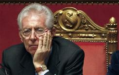 <p>Italian Prime Minister Mario Monti looks on at the Senate in Rome December 5, 2011. REUTERS/Tony Gentile</p>