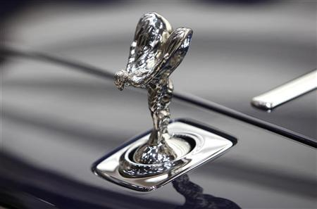 The Spirit of Ecstasy emblem on a Rolls-Royce Ghost is pictured during the International Motor Show (IAA) in Frankfurt, September 14, 2011. REUTERS/Ralph Orlowski
