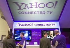 <p>The Yahoo! Connected TV booth is shown during the 2011 International Consumer Electronics Show (CES) in Las Vegas, Nevada January 7, 2011. REUTERS/Steve Marcus</p>
