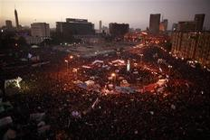 <p>Demonstrators take part at Tahrir square during a protest marking the first anniversary of Egypt's uprising in Cairo January 25, 2012. REUTERS/Suhaib Salem</p>