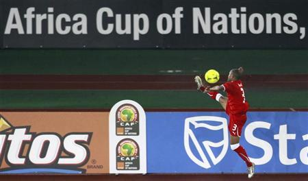 David Alvarez, also known as Kily, of Equatorial Guinea controls the ball during their African Nations Cup soccer match against Senegal Group A at Estadio de Bata ''Bata Stadium'', in Bata January 25, 2012. REUTERS/Amr Abdallah Dalsh