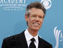<p>Singer Randy Travis arrives at the 45th annual Academy of Country Music Awards in Las Vegas, Nevada April 18, 2010. REUTERS/Steve Marcus</p>