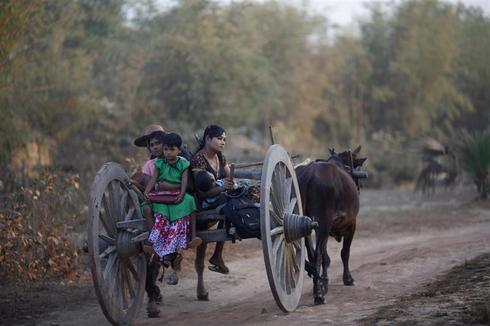 Snapshots from Myanmar