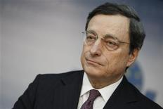 <p>The European Central Bank (ECB) President Mario Draghi speaks during the monthly news conference in Frankfurt, February 9, 2012. REUTERS/Alex Domanski</p>