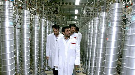 Iranian President Mahmoud Ahmadinejad visits the Natanz nuclear enrichment facility in this April 8, 2008 file photo. REUTERS/Presidential official website/Handout