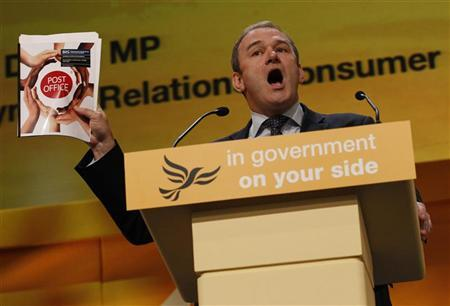 Britain's Energy Secretary Edward Davey speaks during the Liberal Democrats annual autumn conference in Birmingham, central England, September 19, 2011. REUTERS/Darren Staples