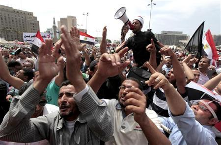 People attend a protest after Friday prayers in Tahrir Square in Cairo May 4, 2012. REUTERS/Mohamed Abd El Ghany
