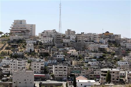 A general view shows Deheishe refugee camp in the West Bank town of Bethlehem May 7, 2012. REUTERS/Ammar Awad
