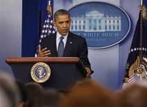 """<p>Le président américain Barack Obama a déclaré vendredi que les dirigeants européens étaient confrontés à """"un besoin urgent d'agir"""" face à la crise financière dans la zone euro et qu'ils devaient injecter des capitaux dans leurs banques en difficulté """"dès que possible"""". /Photo prise le 8 juin 2012/REUTERS/Larry Downing</p>"""