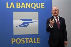 <p>Philippe Wahl, président du directoire de La Banque Postale. La filiale bancaire de La Poste va examiner le dossier du Crédit immobilier de France (CIF) dont les difficultés de refinancement l'obligent à rechercher un repreneur. /Photo d'archives/REUTERS/Jacky Naegelen</p>