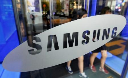 Samsung expects Q2 handset earnings to beat Q1 | Reuters
