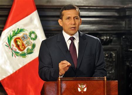 Peru's President Ollanta Humala speaks during a nationwide address at the government palace in Lima June 23, 2012. REUTERS/Peru's Presidency/Handout