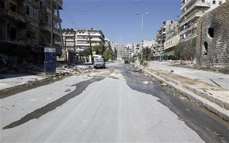 An empty street is pictured in Salah al-Din neighborhood following clashes between the Free Syrian Army fighters and Syrian Army soldiers in central Aleppo, August 8, 2012. REUTERS/Goran Tomasevic