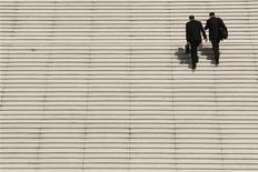 <p>L'indicateur du climat général des affaires en France s'est stabilisé en août à 87 points, ses composantes sectorielles gagnant un point dans l'industrie manufacturière et le bâtiment, deux points dans le commerce de détail mais reculant de deux points dans les services. /Photo d'archives/REUTERS/Benoît Tessier</p>