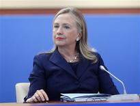 <p>La secrétaire d'Etat américaine Hillary Clinton a annoncé samedi à à Vladivostok que le Congrès américain pourrait prendre des initiatives dès ce mois-ci pour normaliser les relations commerciales entre Washington et Moscou. /Photo prise le 8 septembre 2012/REUTERS/Ria NovostiMikhail Klimentyev/Pool</p>