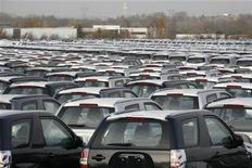 <p>L'Autorité de la concurrence a recommandé lundi une levée progressive du monopole des constructeurs automobiles sur les pièces de rechange de carrosserie. L'objectif est d'endiguer la hausse des prix de l'entretien et de la réparation des véhicules. /Photo d'archives/REUTERS/Pascal Rossignol</p>