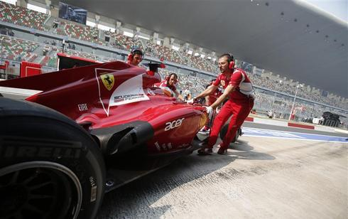 India F1: Practice sessions