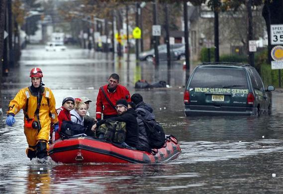 الإعصار ساندي يدمر نيويورك ?m=02&d=20121031