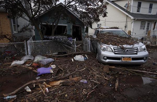 جزيرة نيويورك دمرها الإعصار ساندي ?m=02&d=20121102