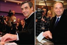 <p>François Fillon et Jean-François Copé, lors de leur vote ce dimanche, respectivement à Paris et à Meaux. L'incertitude pesait dimanche soir sur l'issue de l'élection à la présidence de l'UMP, une première dans l'histoire du parti néo-gaulliste qui a donné lieu à un âpre duel entre l'ancien Premier ministre François Fillon et le secrétaire général de l'UMP, Jean-François Copé. /Photos prises le 18 novembre 2012/REUTERS/Christian Hartmann et Benoît Tessier</p>