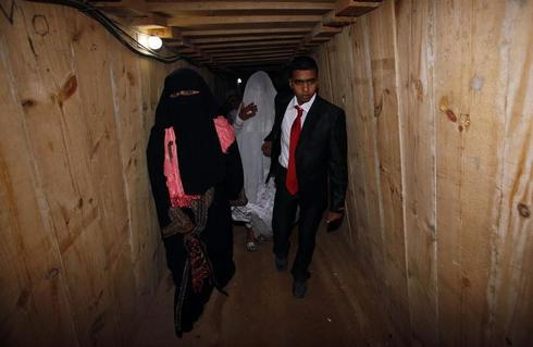 Smuggling a bride under Gaza