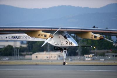Solar-powered plane
