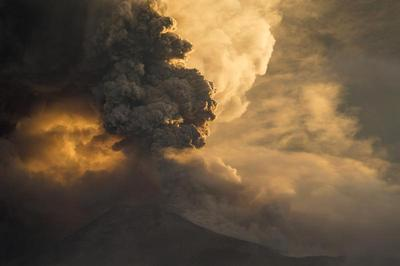 Eruption in Ecuador