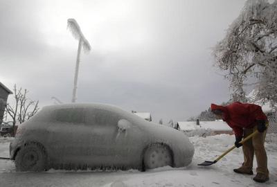 Ice storm hits Slovenia