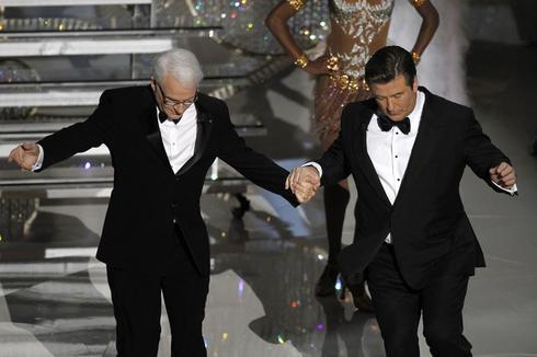 Past Oscar hosts