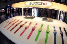 Le groupe horloger suisse Swatch Group poursuit le distributeur américain Target, qu'il accuse de vendre illicitement des montres copiant les siennes. /Photo d'archives/REUTERS/Arnd Wiegmann