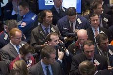 L'orientation de Wall Street dépendra largement du résultat, attendu ce dimanche en cours de soirée, d'un référendum en Crimée sur son rattachement à la Russie et ses éventuelles conséquences sur les relations entre l'Occident et Moscou. /Photo prise le 14 mars 2014/REUTERS/Brendan McDermid