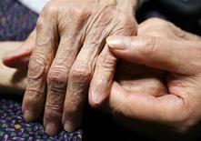 Korian-Medica, leader européen des maisons de retraite, vise une croissance de l'ordre de 5% de son chiffre d'affaires en 2014, un niveau similaire à celui réalisé en 2013. /Photo d'archives/REUTERS/Yuriko Nakao