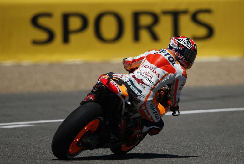 Honda MotoGP rider Marc Marquez of Spain drives his bike during the qualifying of the Spanish Grand Prix in Jerez de la Frontera, southern Spain, May 3, 2014. REUTERS/Marcelo del Pozo