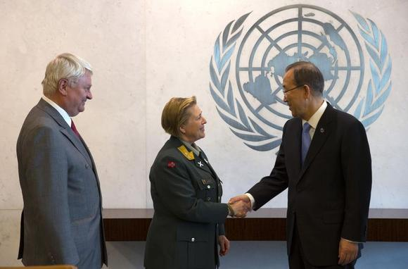 Major General Kristin Lund of Norway (C) meets with U.N. Secretary General Ban Ki-Moon (R) and UN Under-Secretary-General for Peacekeeping Operations Herve Ladsous (L) after Lund was appointed as the new Force Commander of the United Nations Peace Keeping Force in Cyprus at United Nations headquarters in New York, May 12, 2014. REUTERS/Mike Segar