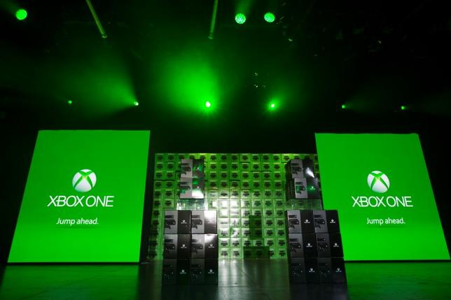 Xbox One consoles are displayed on stage before being handed out during a midnight launch event in New York November 21, 2013.  REUTERS/Lucas Jackson/Files