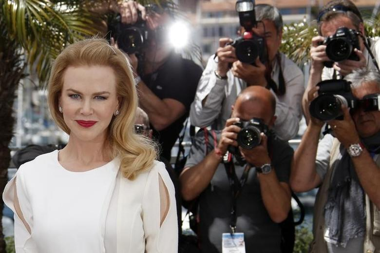 Cast member Nicole Kidman poses during a photocall for the film ''Grace of Monaco'' (Grace de Monaco) out of competition before the opening of the 67th Cannes Film Festival in Cannes May 14, 2014.   REUTERS/Benoit Tessier