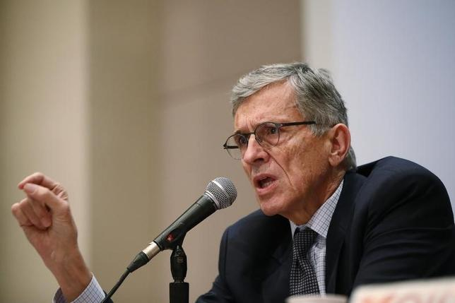 Federal Communications Commission (FCC) Chairman Thomas Wheeler speaks during a Town Hall meeting in Oakland, California January 9, 2014  REUTERS/Stephen Lam/Files