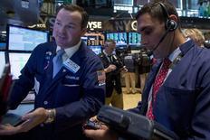 La Bourse de New York a fini en hausse jeudi et l'indice Standard & Poor's-500 a inscrit un nouveau record historique, les investisseurs misant sur une amélioration de la conjoncture économique aux Etats-Unis après la contraction subie au premier trimestre. /Photo prise le 29 mai 2014/REUTERS/Brendan McDermid