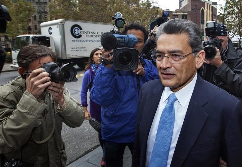 Former Goldman Sachs Group Inc board member Rajat Gupta arrives at Manhattan Federal Court in New York, October 24, 2012.  REUTERS/Lucas Jackson